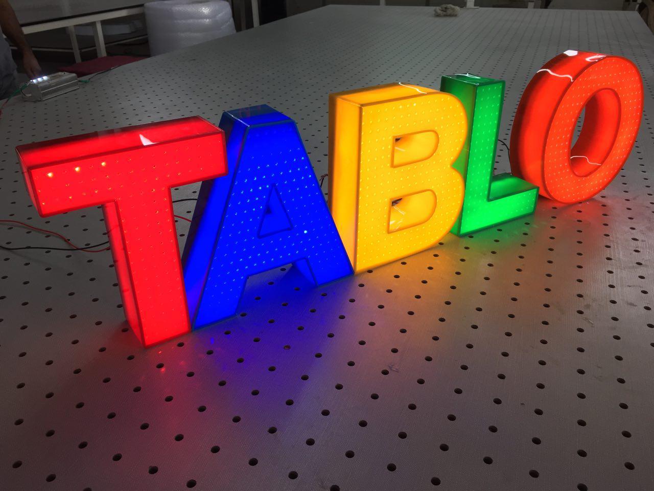حروف برجسته پلاستیک ،حروف برجسته پلاستیک،نئون پلاستیک، ال ای دی پلاستیک ،تابلو برجسته پلاستیک ،تابلو پلکسی